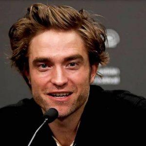 Robert Pattinson, il vampiro di Twilight sarà il prossimo Batman al posto di Ben Affleck?