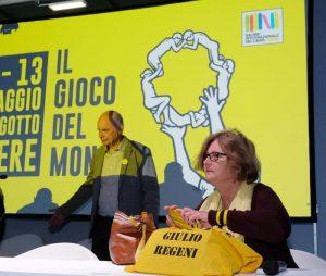 """Giulio Regeni, la madre contro Roberto Vecchioni: """"Non ci servono le canzoni di un settantenne"""""""