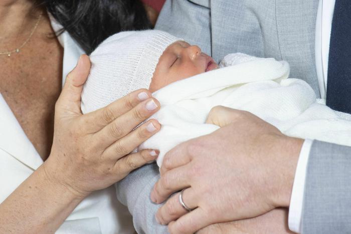 Royal baby, Meghan Markle e Harry lo presentano2