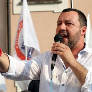 """Matteo Salvini: """"Pronto a dare la vita"""". Ma nessuno gliel'ha chiesta"""