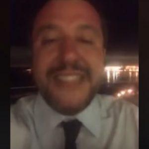 """Proiettile a Salvini. """"Pensate di spaventarmi? Avete trovato il ministro sbagliato"""" VIDEO"""