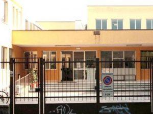 San Donato, inno per il clima sulle note di Bella Ciao a scuola. Genitori in rivolta