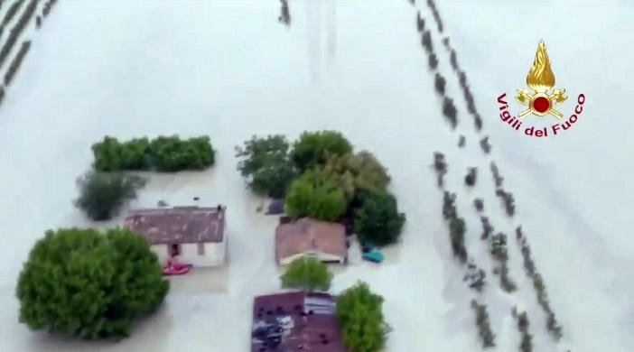 Maltempo: esondato il fiume Savio in Emilia Romagna2