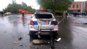 Coppa Italia, scontri e disordini all'esterno dell'Olimpico: a fuoco auto dei vigili urbani4