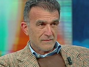 Sergio Claudio Perroni, lo scrittore si è tolto la vita sparandosi in pieno centro a Taormina
