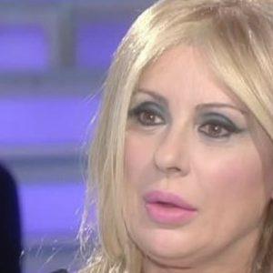 """Verissimo, Tina Cipollari: """"Ecco cosa combina Gemma Galgani quando non è inquadrata"""""""