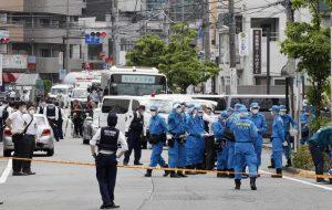 Tokyo, 17 accoltellati alla fermata del bus: morti una bambina di 12 anni e un uomo