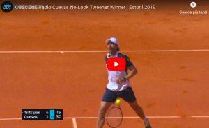 Tennis, Cuevas: il colpo no-look sotto le gambe è imprendibile. VIDEO
