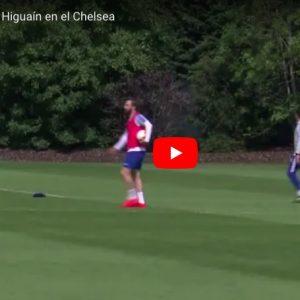 Higuain, lite furiosa con Zappacosta e Caballero durante allenamento del Chelsea