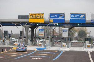 Autostrade rinuncia agli aumenti: estate salva, fino a metà settembre stessi pedaggi