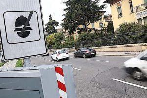 """Autovelox: se ti becca in città ma non nelle strade """"a scorrimento"""", multa annullata"""