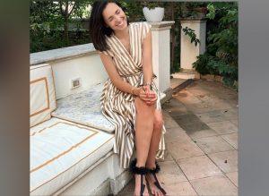 """Caterina Balivo presa di mira dagli haters per i piedi: """"Sembri un uomo"""""""