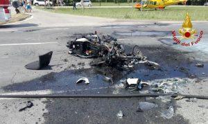 Bergantino, moto si scontra con auto e prende fuoco. Denis Saccenti muore a 45 anni
