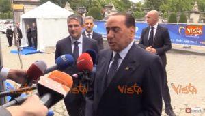 Berlusconi, lapsus a Bruxelles: infrazione diventa prescrizione VIDEO