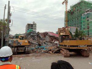 Cambogia, crolla un palazzo nella località turistica di Sihanoukville: 3 morti, decine sotto le macerie