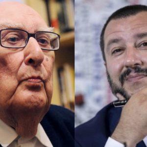 """Camilleri contro Salvini: """"Vederlo col rosario mi dà il vomito"""". Lui: """"Scrivi che ti passa"""""""