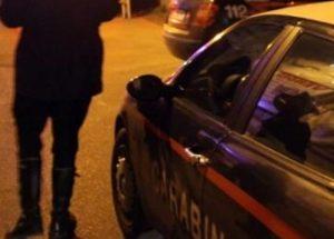 Montegranaro, carabiniere accoltellato alle spalle. Arrestato marocchino ubriaco