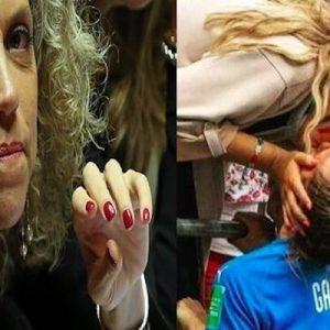 Mondiali calcio femminile, Cirinnà esulta con foto di Aurora Galli che bacia una ragazza. Ma è la sorella