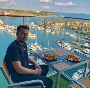 Dan Legg, ricco col Forex: bocciato al college, viaggia con jet privati