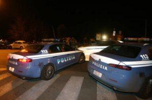 """Roma Eur: investe comitiva """"rivali"""" fuori dalla discoteca, arrestato 24enne. Due sono gravi"""