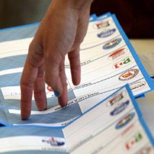 Elezioni Comunali Sardegna, testa a testa a Cagliari tra cdx e csx. Il primo sindaco leghista è a Illorai (foto d'archivio Ansa)