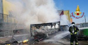 Marghera, esplode furgone che vende panini: quattro feriti, due sono gravi