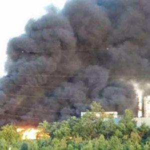 """Incendio Frosinone, Comune ai cittadini: """"Uscite solo per urgenze e con la mascherina"""""""