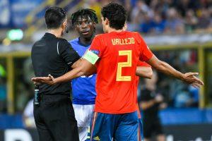 Kean furioso, scuote testa dopo sostituzione in Italia-Spagna