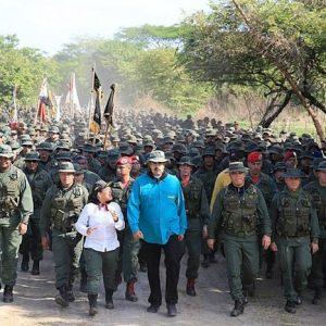 """Venezuela, presidente Colombia: """"Maduro sta cercando asilo prima della rivolta militare"""""""