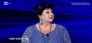 Marisa Laurito a Vieni da me confessa: Sono innamorata, ma non mi sposo