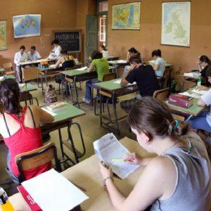 Seconda Prova Maturità 2019, LA DIRETTA. Al Classico Latino e Greco. Matematica e Fisica allo scientifico (foto Ansa)