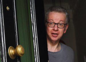 Michael Gove, ministro ambiente inglese ammette: sniffato cocaina