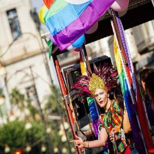 Milano Pride 2019, la madrina sarà Caterina Balivo. Il 29 giugno la parata (foto d'archivio Ansa)