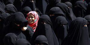 """Atei che non ti aspetti in Medioriente: un giovane arabo su 5 si definisce """"non religioso"""""""