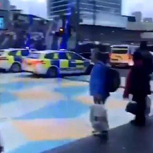 londra oggetti polizia centro commerciale