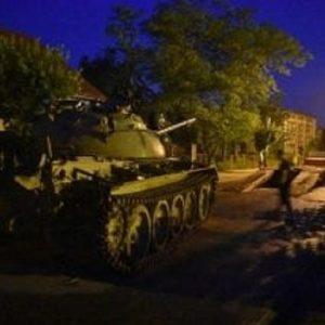 Polonia, militare ubriaco parcheggia un carro armato... per strada