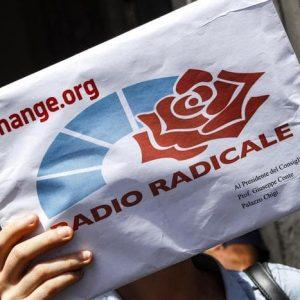"""Radio Radicale, ok a 3 milioni per salvarla. Fnsi: """"Vince la difesa della Costituzione"""""""