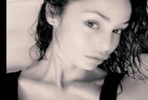"""Raffaella Fico: """"Ecco cosa deve fare un uomo per conquistarmi"""" (foto Instagram)"""
