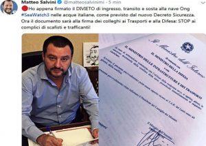 """Sea Watch, Salvini: """"Ho appena firmato divieto di ingresso""""."""