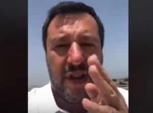 """Salvini: """"La Commissione Ue è vecchia e delegittimata, non può imporci sanzioni"""" VIDEO"""