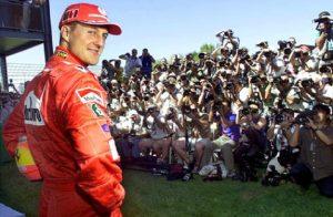 Ferrari, in vendita la F2002 dei record di Michael Schumacher. Prezzo tra i 5,5 a 7,5 milioni di dollari (foto Ansa)