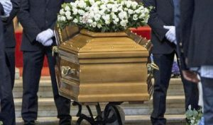 """Alessandro Taffo: """"Tanti italiani si indebitano per i funerali dei parenti"""" (foto d'archivio Ansa)"""
