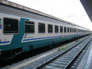 Roma: uomo investito da un treno a Maccarese, ipotesi suicidio