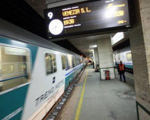 Treni, guasto per il maltempo sulla Venezia-Udine: traffico rallentato