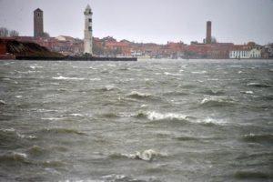 Venezia, barchino contro la briccola: morta una ragazza di 12 anni in laguna