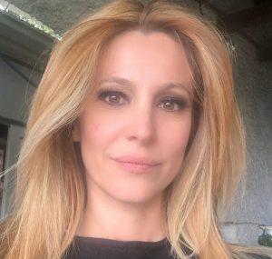 """Adriana Volpe contro Carlo Freccero: """"Una Rai Due in ginocchio e non si fa niente!"""""""