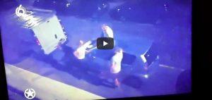 YouTube Wesley Sneijder balla sul tetto di un auto in Olanda, fermato dalla polizia VIDEO
