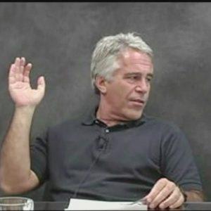 Jeffrey Epstein, miliardario arrestato di nuovo per traffico di minorenni