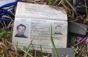 Il passaporto di Andrea Rocchelli (foto Ansa)