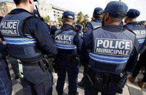 Algeria in semifinale di Coppa d'Africa. In Francia scoppia il caos degli algerini: 1 morto, feriti, arresti (foto d'archivio Ansa)